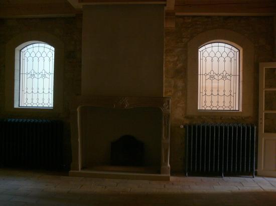 vitraux  réalisés avec des verres bisotés